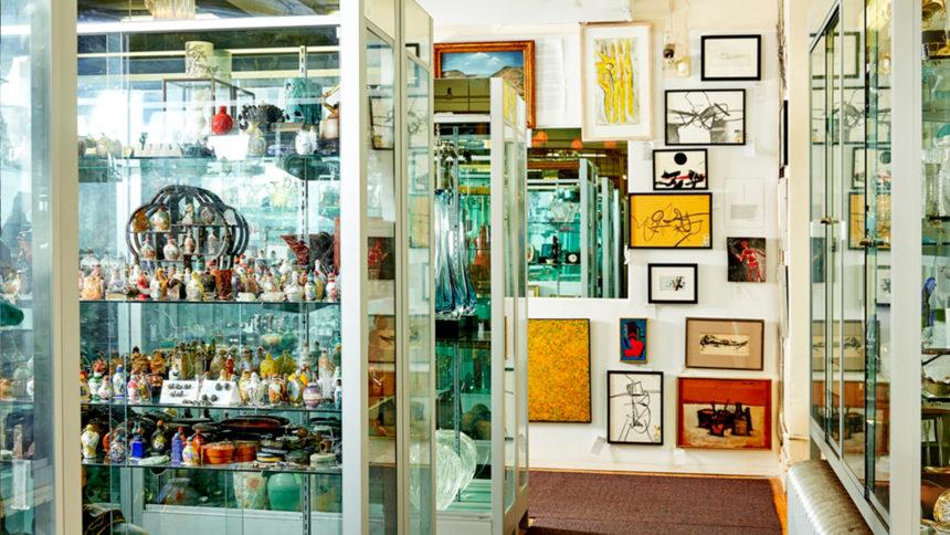 Showplace antiques & design center