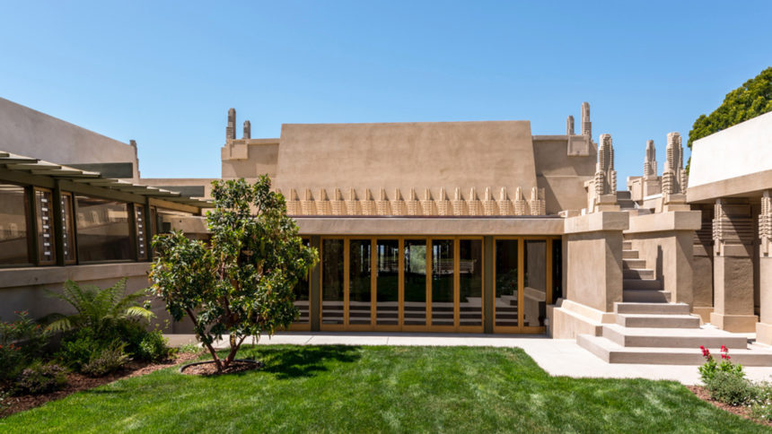 Hollyhock House exterior