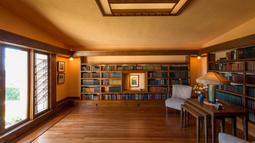 Hollyhock House Library