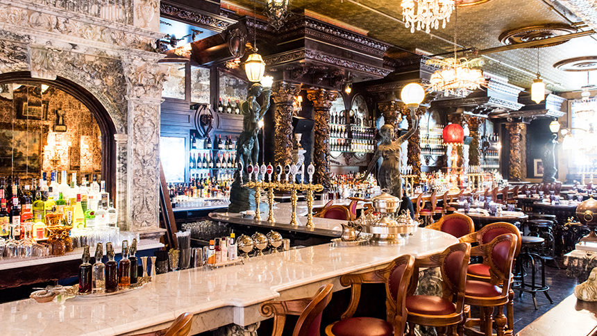 Oscar Wilde bar in NYC's NoMad.