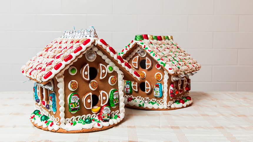 Gingerbread house decorating class at foodlife, Chicago.