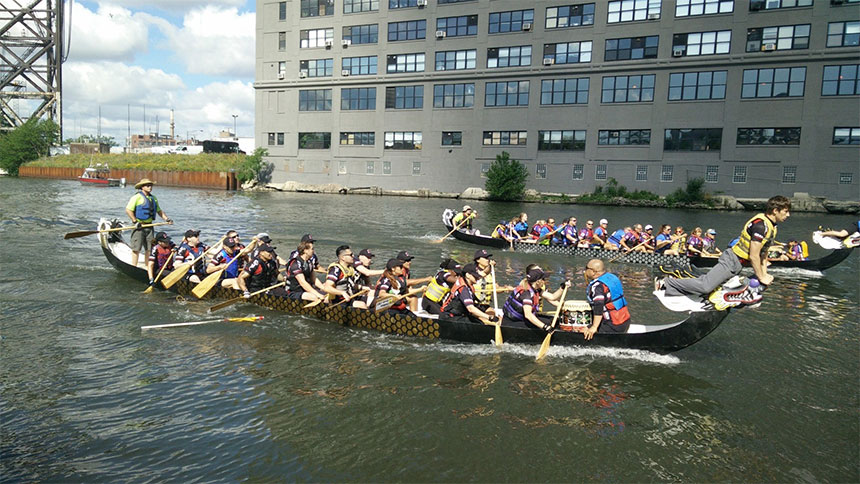 Dragonboat Racing in Chicago's Chinatown